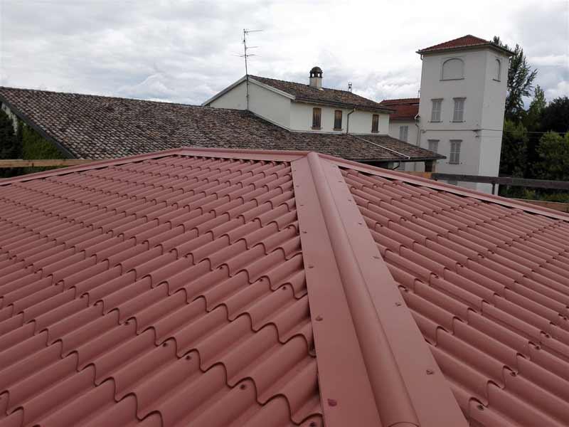 Rimozione amianto e nuova copertura in pannelli coibentati a Parma