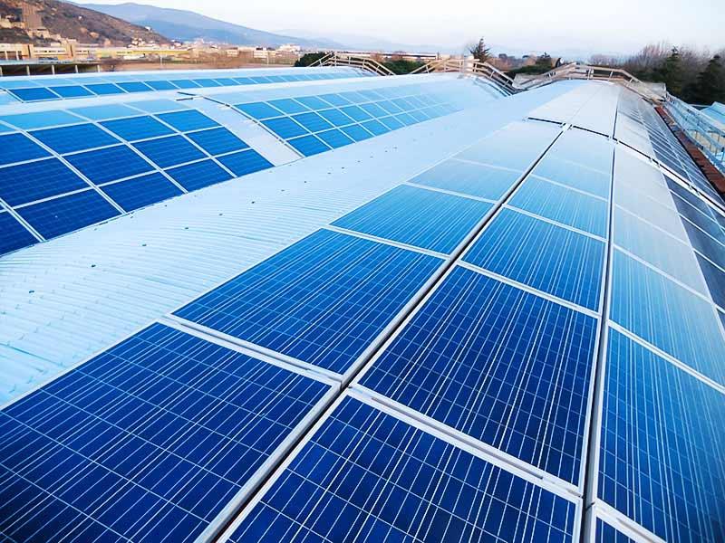 impianto fotovoltaico con moduli in silicio amorfo