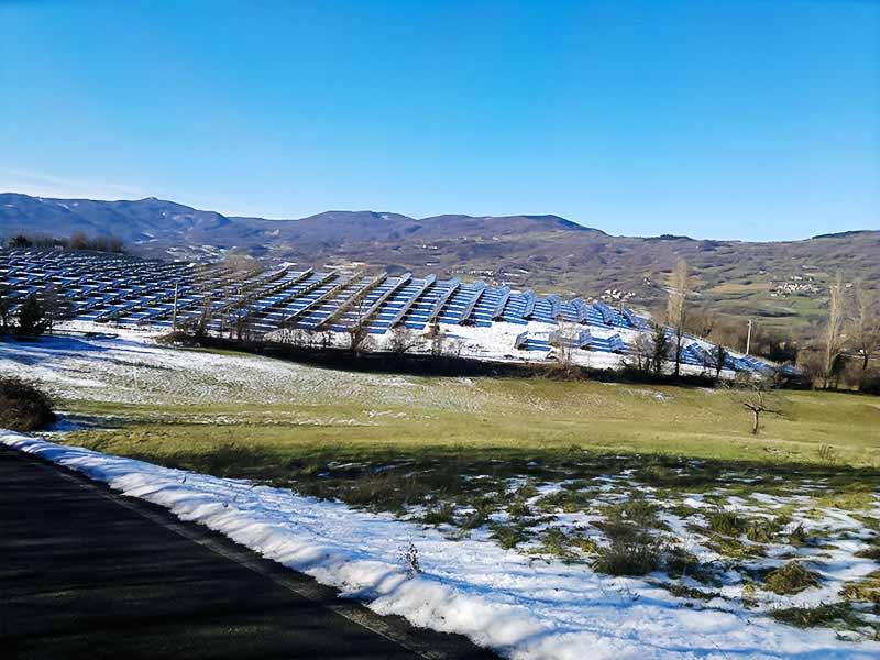 Impianto fotovoltaico realizzato a terra